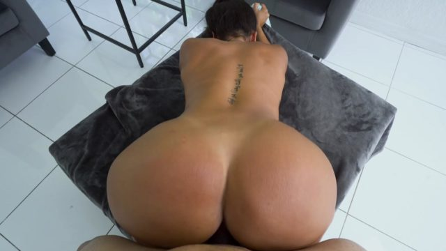 BIG BUTT xnxx-stories RUNNER xnnx-porn
